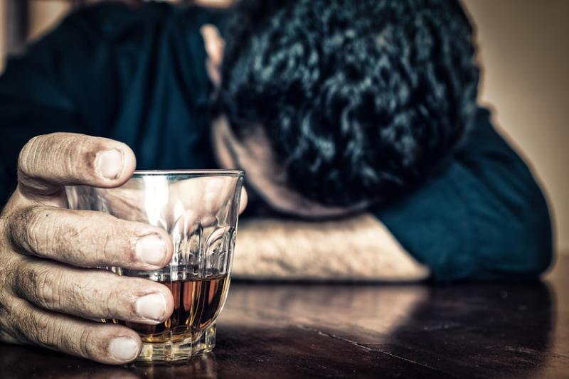 Como identificar e tratar o Alcoolismo?